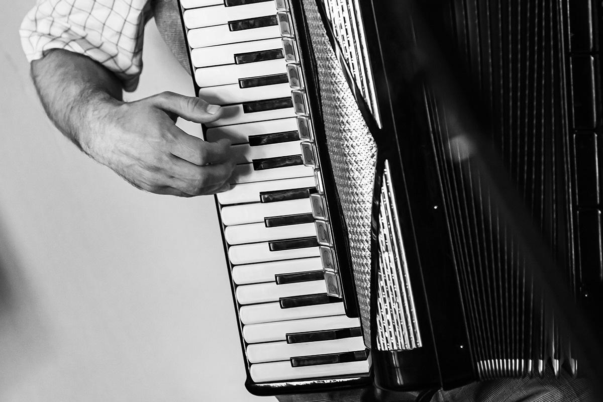 La strina cosentina: canti e tavolate della tradizione